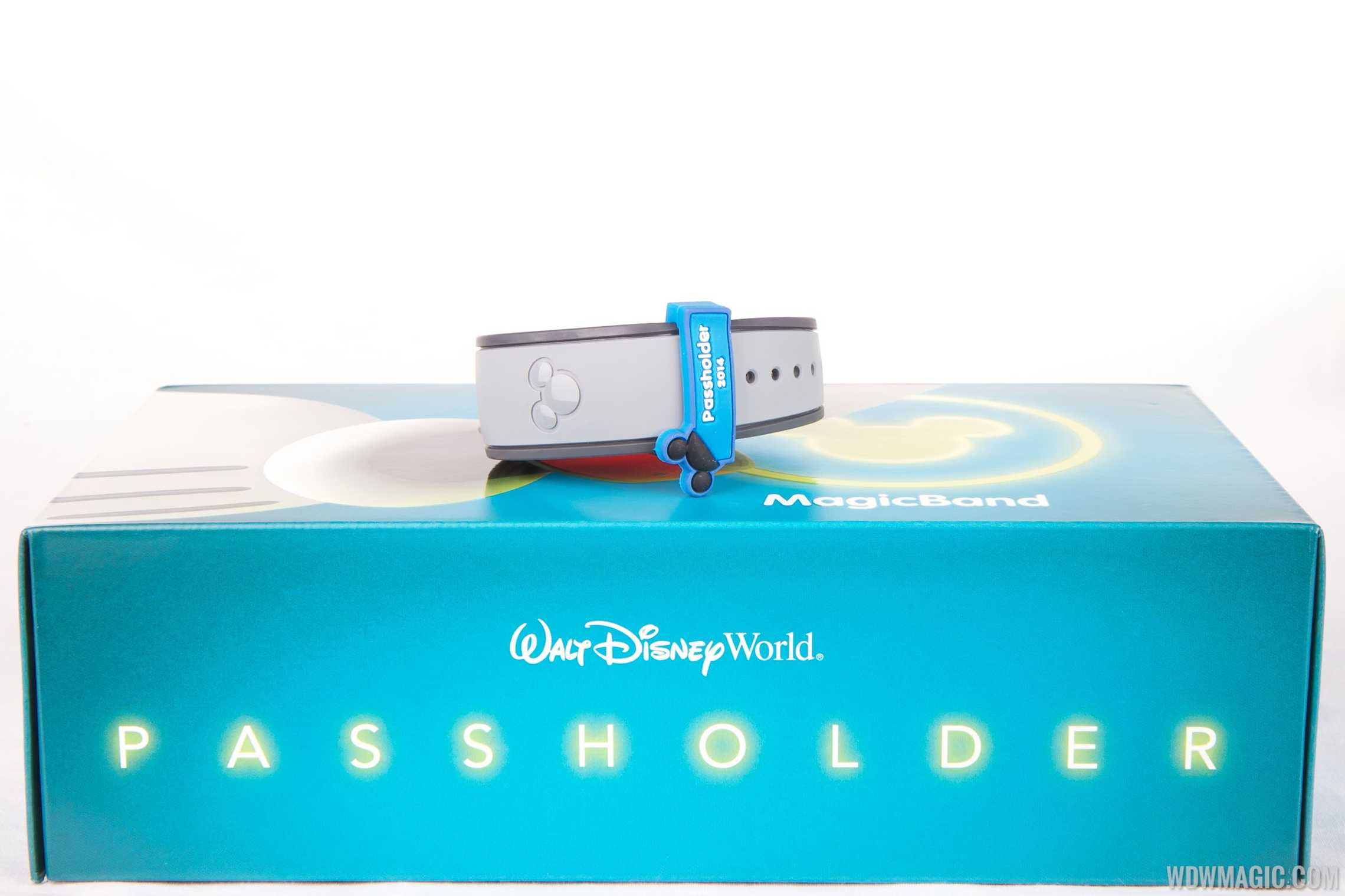 Passholder MagicBand with MagicSlider attached