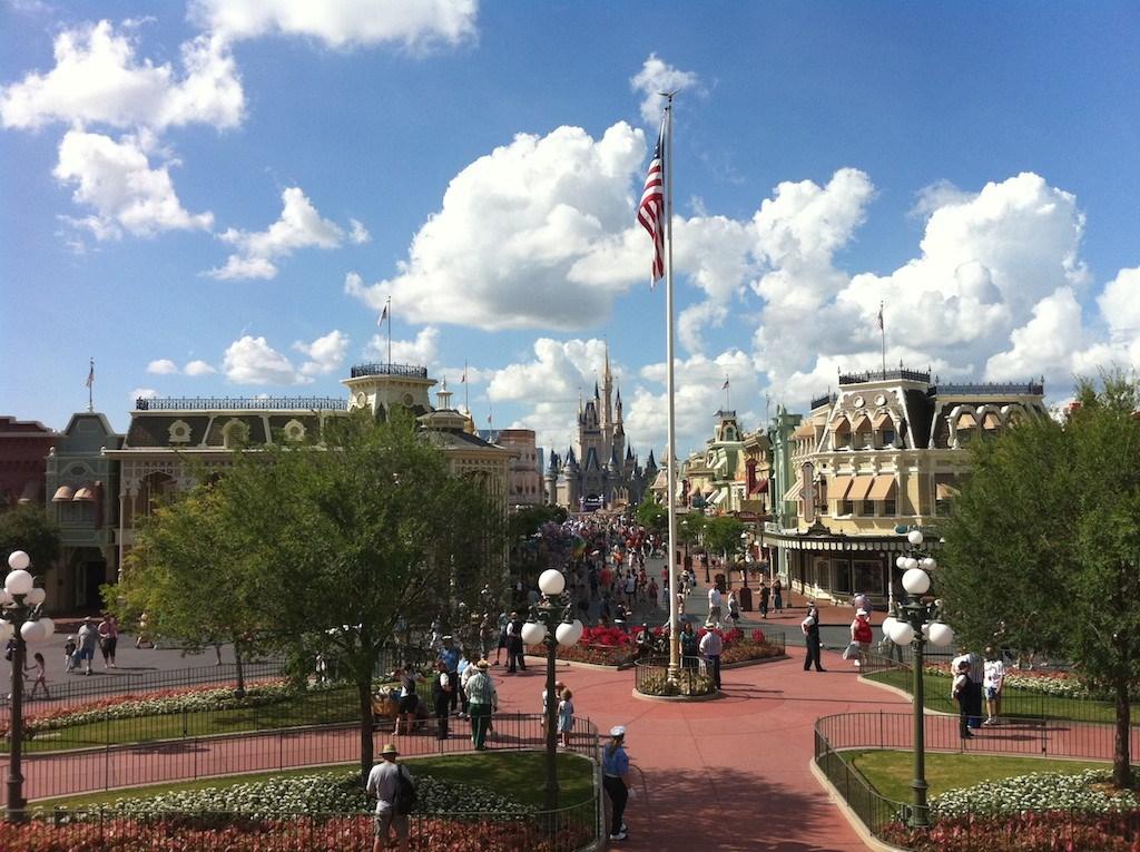 iPhone 4 sample photos at Walt Disney World
