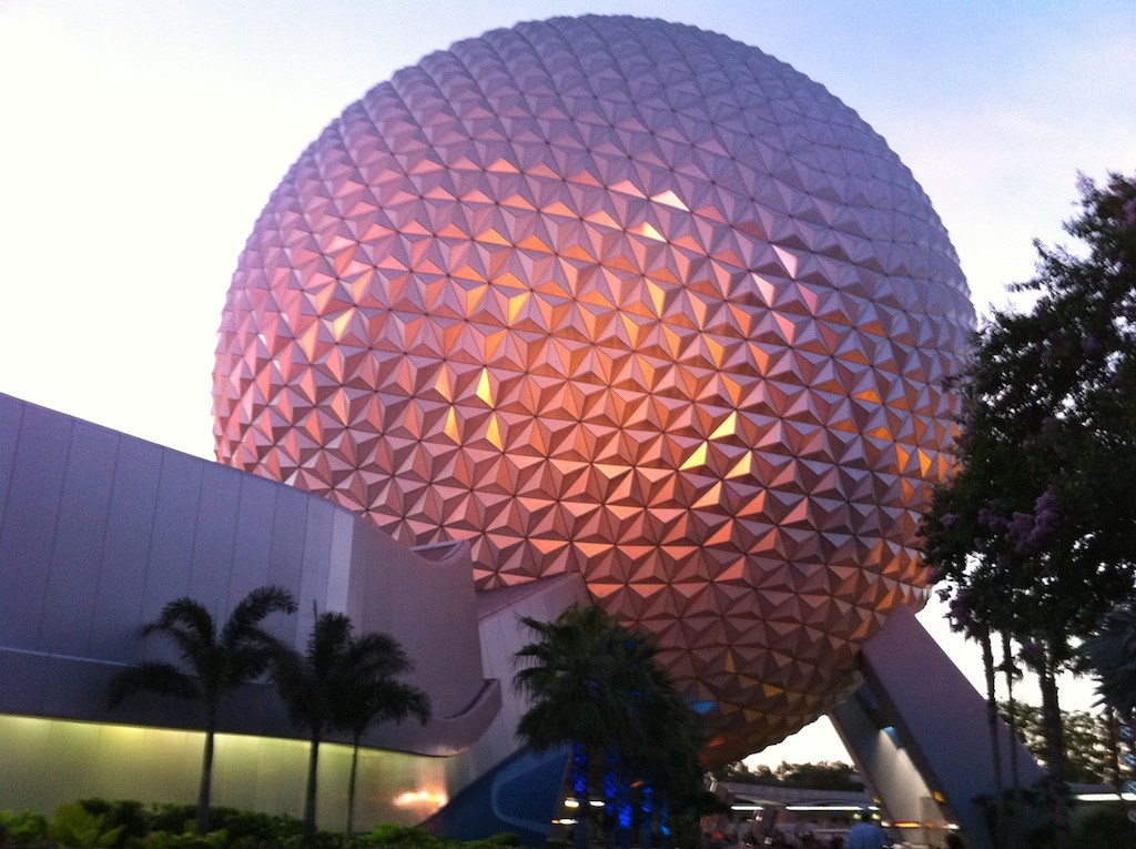 iPhone 4 sample photos at Walt Disney World