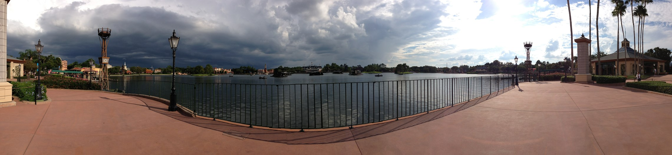 iPhone 5 demo photos at Epcot