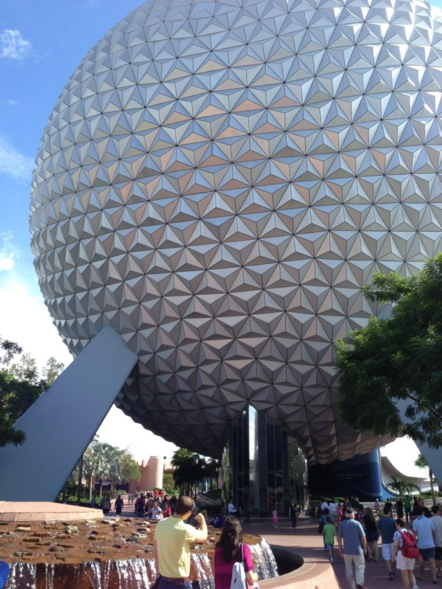 iPhone 5 Goes to Epcot