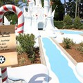 Winter Summerland Mini Golf - Hole 9