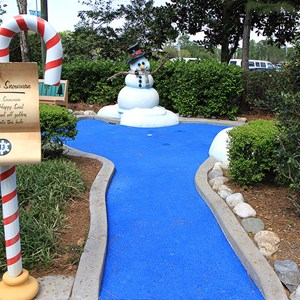 13 of 18: Winter Summerland Mini Golf - Hole 13