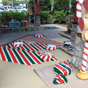 15 of 18: Winter Summerland Mini Golf - Hole 15