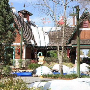 7 of 7: Winter Summerland Mini Golf - Winter Summerland overview