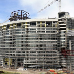 1 of 2: Bay Lake Tower at Disney's Contemporary Resort - Latest Bay Lake Tower construction photos