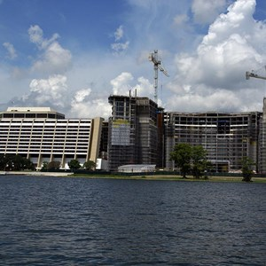 1 of 6: Bay Lake Tower at Disney's Contemporary Resort - Latest Bay Lake Tower construction photos