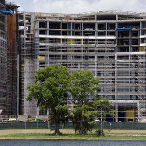 3 of 6: Bay Lake Tower at Disney's Contemporary Resort - Latest Bay Lake Tower construction photos