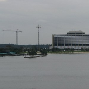1 of 14: Bay Lake Tower at Disney's Contemporary Resort - Latest Bay Lake Tower construction photos