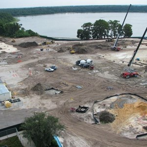 2 of 8: Bay Lake Tower at Disney's Contemporary Resort - Latest Bay Lake Tower construction photos