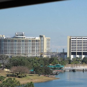 2 of 18: Bay Lake Tower at Disney's Contemporary Resort - Latest Bay Lake Tower construction photos