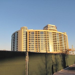 11 of 18: Bay Lake Tower at Disney's Contemporary Resort - Latest Bay Lake Tower construction photos