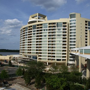 6 of 10: Bay Lake Tower at Disney's Contemporary Resort - Latest Bay Lake Tower construction photos