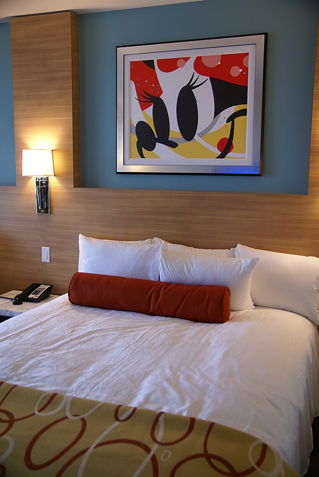Bay Lake Tower at Disney's Contemporary Resort - One of the second story secondary bedrooms with 2 queen beds