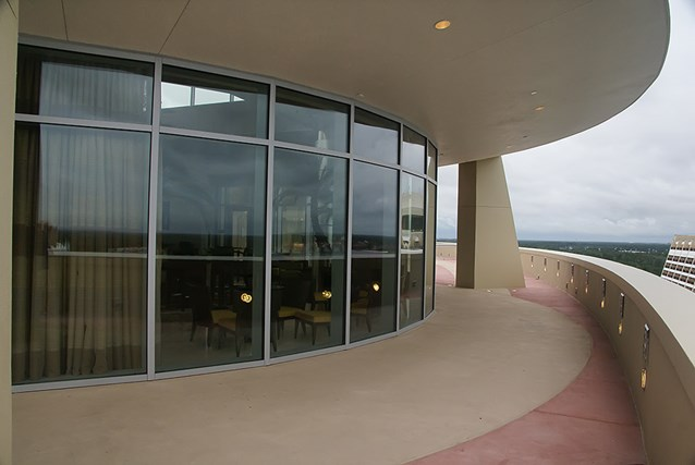 Bay Lake Tower at Disney's Contemporary Resort - Looking back towards the lounge from the outdoor rooftop deck