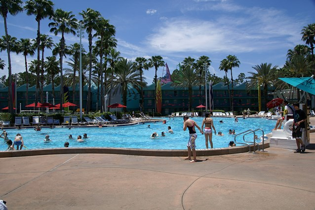 Disney's All Star Sports Resort - Surfboard Bay pool