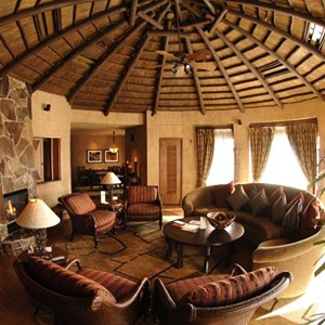 8 of 17: Disney's Animal Kingdom Lodge - Animal Kingdom Lodge Presidential Suite