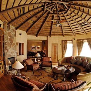 9 of 17: Disney's Animal Kingdom Lodge - Animal Kingdom Lodge Presidential Suite