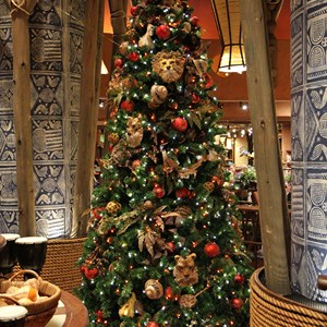 8 of 16: Disney's Animal Kingdom Lodge - Animal Kingdom Lodge holiday decorations 2009