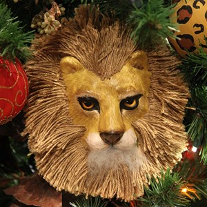11 of 16: Disney's Animal Kingdom Lodge - Animal Kingdom Lodge holiday decorations 2009