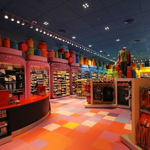 18 of 44: Disney's Art of Animation Resort - Ink and Paint Shop