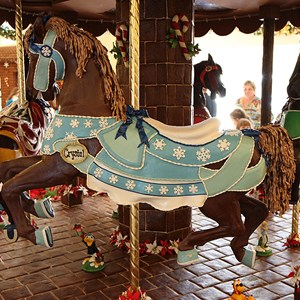 13 of 16: Disney's Beach Club Resort - Beach Club Resort holiday decorations 2009