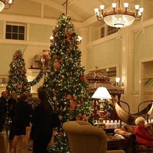 4 of 5: Disney's BoardWalk Inn - Boardwalk Lobby Holiday Decorations