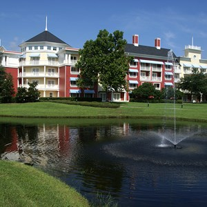 5 of 25: Disney's BoardWalk Inn - Boardwalk Inn buildings and grounds