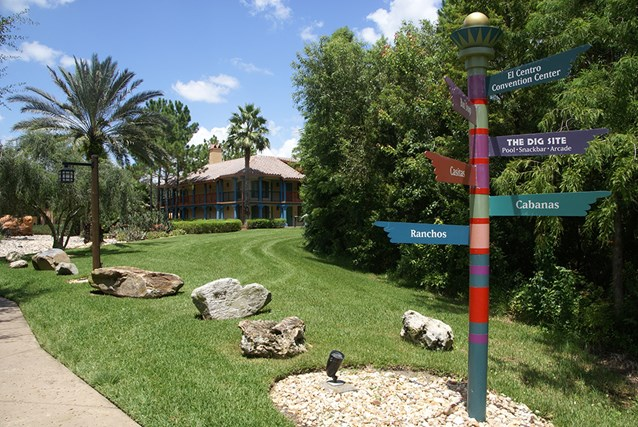 Disney's Coronado Springs Resort - The entrance to the Ranchos area from the Lago Dorado walkway