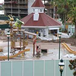 Kids splash playground construction