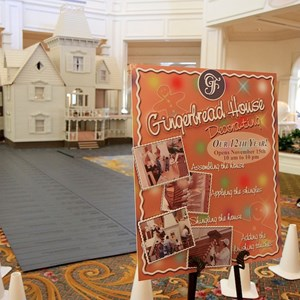 3 of 4: Disney's Grand Floridian Resort and Spa - Grand Floridian Gingerbread House construction
