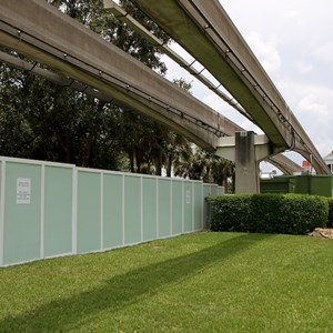 3 of 7: Disney's Grand Floridian Resort and Spa - Walls up at the Grand Floridian - Villas site preparation