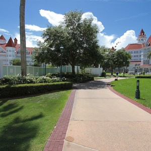 4 of 4: Disney's Grand Floridian Resort and Spa - Grand Floridian courtyard pool refurbishment walls
