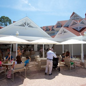 7 of 12: Disney's Grand Floridian Resort and Spa - Grand Floridian courtyard pool reopens from refurbishment