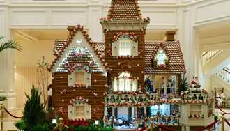 PHOTOS - Disney's Grand Floridian Resort Gingerbread house
