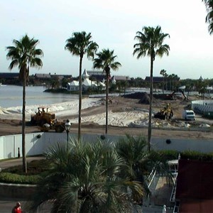 1 of 4: Disney's Grand Floridian Resort and Spa - Grand Floridian pool construction photos