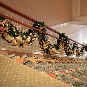 7 of 32: Disney's Grand Floridian Resort and Spa - Grand Floridian holiday decorations 2009