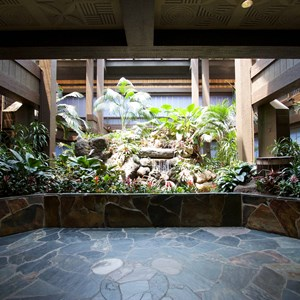3 of 8: Disney's Polynesian Resort - Polynesian Resort lobby construction