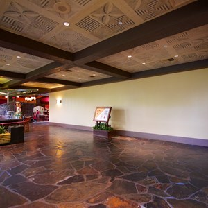 8 of 8: Disney's Polynesian Resort - Polynesian Resort lobby construction