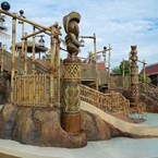 Kiki Tikis Splash Play area