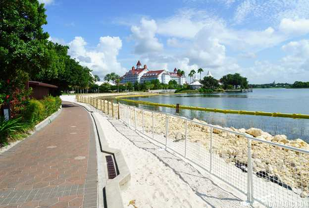 Polynesian Resort lagoon wall construction