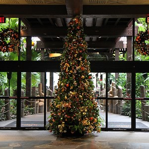 2 of 6: Disney's Polynesian Resort - Disney's Polynesian Resort holiday decorations 2009