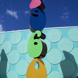 "5 of 24: Disney's Pop Century Resort - Some ""decade"" detailing around the entrance area"