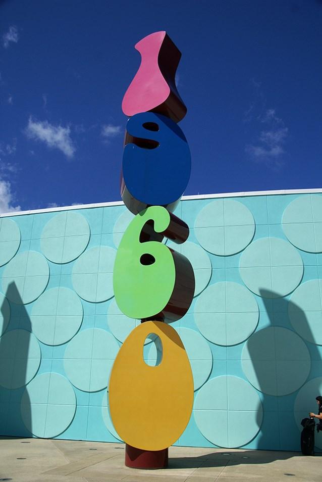 "Disney's Pop Century Resort - Some ""decade"" detailing around the entrance area"