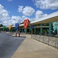 Disney's Pop Century Resort - Disney bus transporation area for the parks