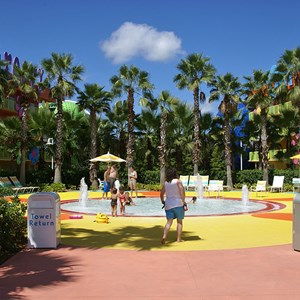 8 of 10: Disney's Pop Century Resort - Hippy Dippy Pool