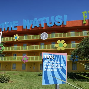 9 of 12: Disney's Pop Century Resort - 60s buildings and grounds