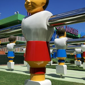 7 of 16: Disney's Pop Century Resort - 70s buildings and grounds