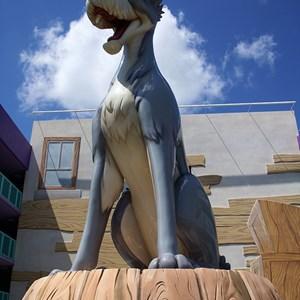 3 of 16: Disney's Pop Century Resort - 50s buildings and grounds