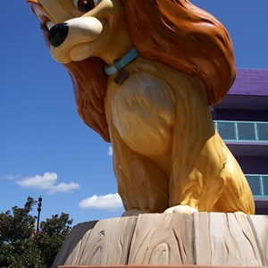4 of 16: Disney's Pop Century Resort - 50s buildings and grounds